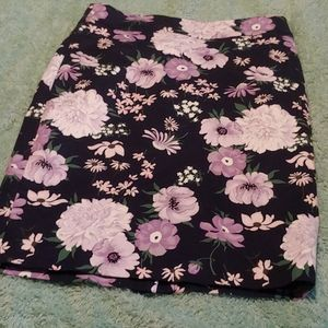 Ann taylor floral skirt size 2